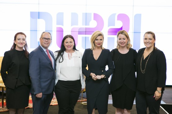 Dean Cleaver, Emirates Regional Manager Victoria, Julie King, Director Dubai Tourism, Asia Pacific, Rebecca Maddern, Sheree Pekovich, Fiona Stewart and Jodie Collins from Dubai Tourism